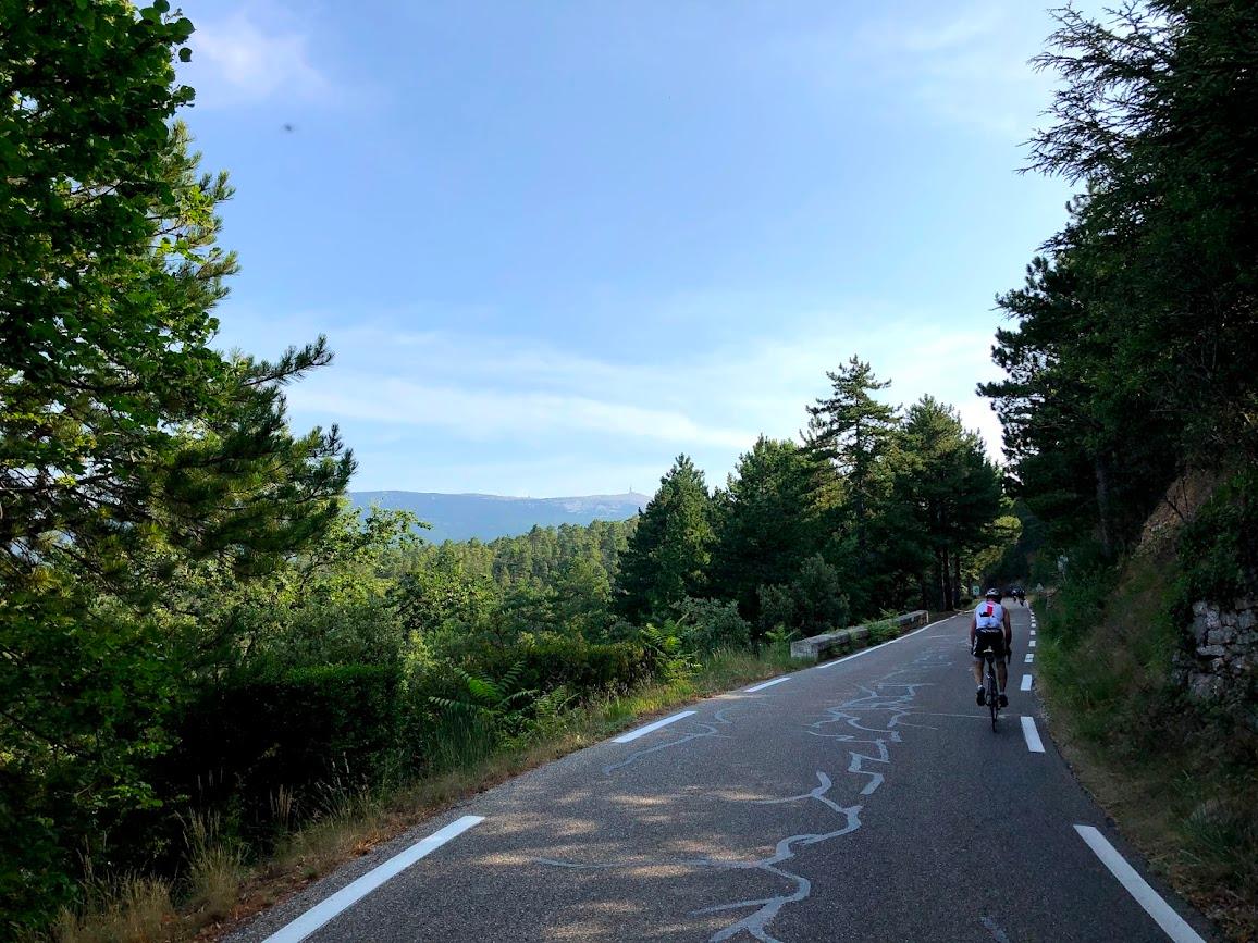 Fontaine de Vaucluse - Ride International Tours - Provence, France